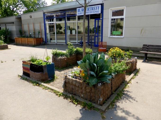 Frankfurter Beete Heuballenprojekt 3