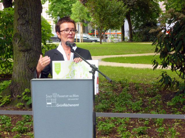 Urban Gardening hat eine wichtige Funktion für die Stadt - Rosemarie Heilig stellt Magazin Frankfurt gärtnert vor.