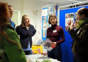 Angeregte Diskussion beim Netzwerktreffen der Gemeinschaftsgärten in Frankfurt